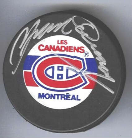 Autographed Yvan Cournoyer