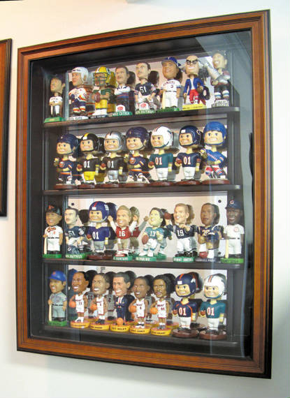Autographed 35 Bobblehead Deluxe Display Case Cube