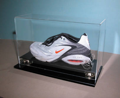 Autographed Sneaker Shoe Cleat Deluxe Display Case Cube