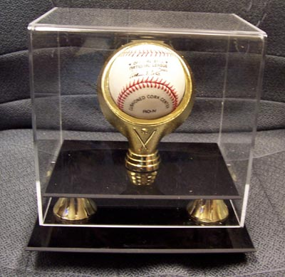 Autographed Gold Ring Baseball display case