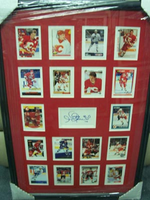 Autographed Gary Roberts