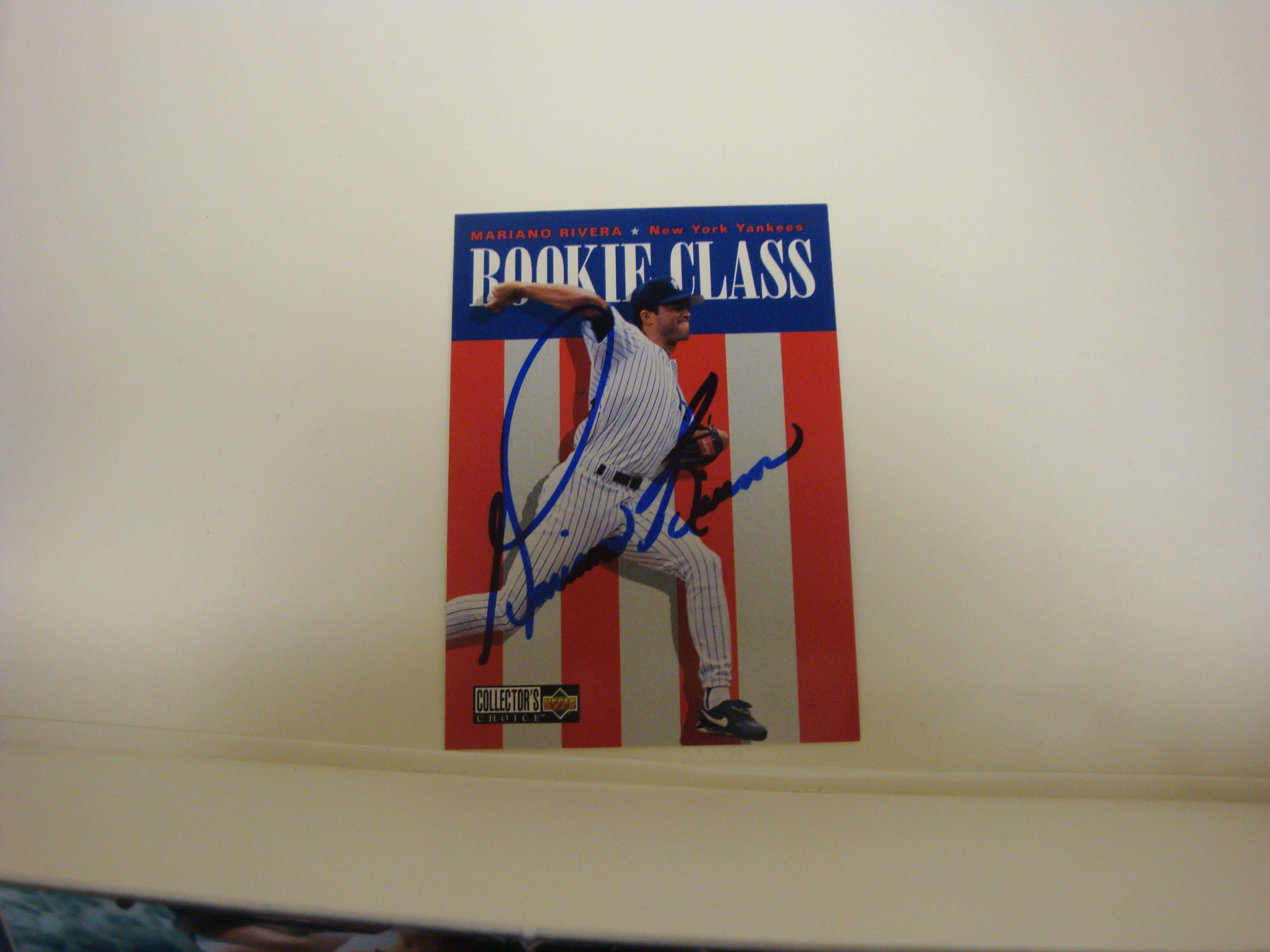Mariano Rivera Rookie Autographed Card