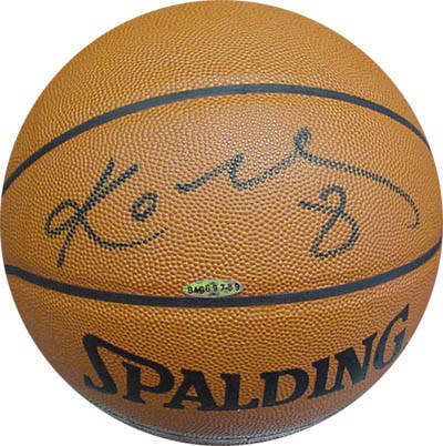 Basketball autographed by Kobe Bryant (Los Angeles Lakers star and World